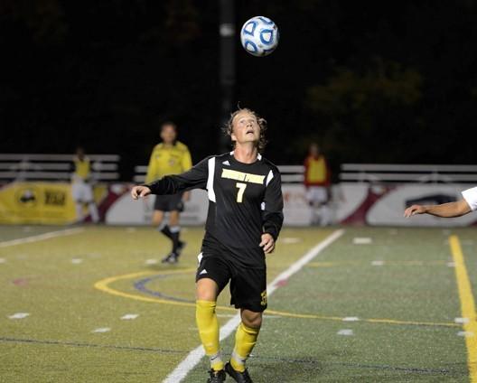 Men's Soccer nipped by Carthage 2-1 in 2OT - North Park